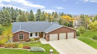 1012 Harrison Dr, Minot, ND 58703