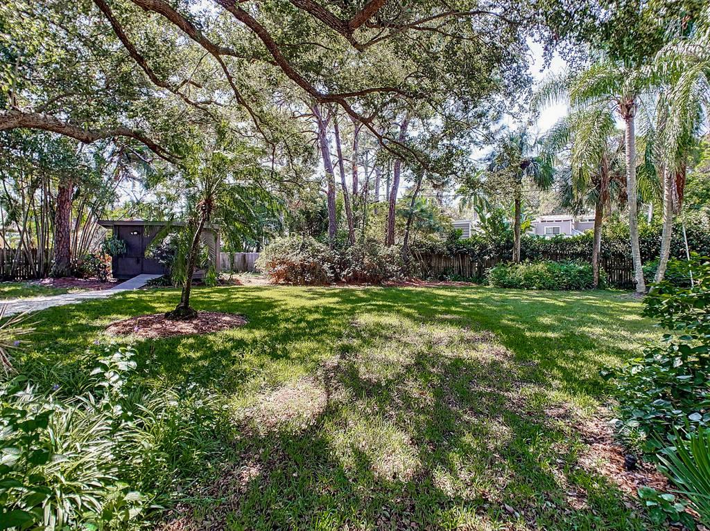 7117 Sunshine Drive S, St Petersburg, FL 33705