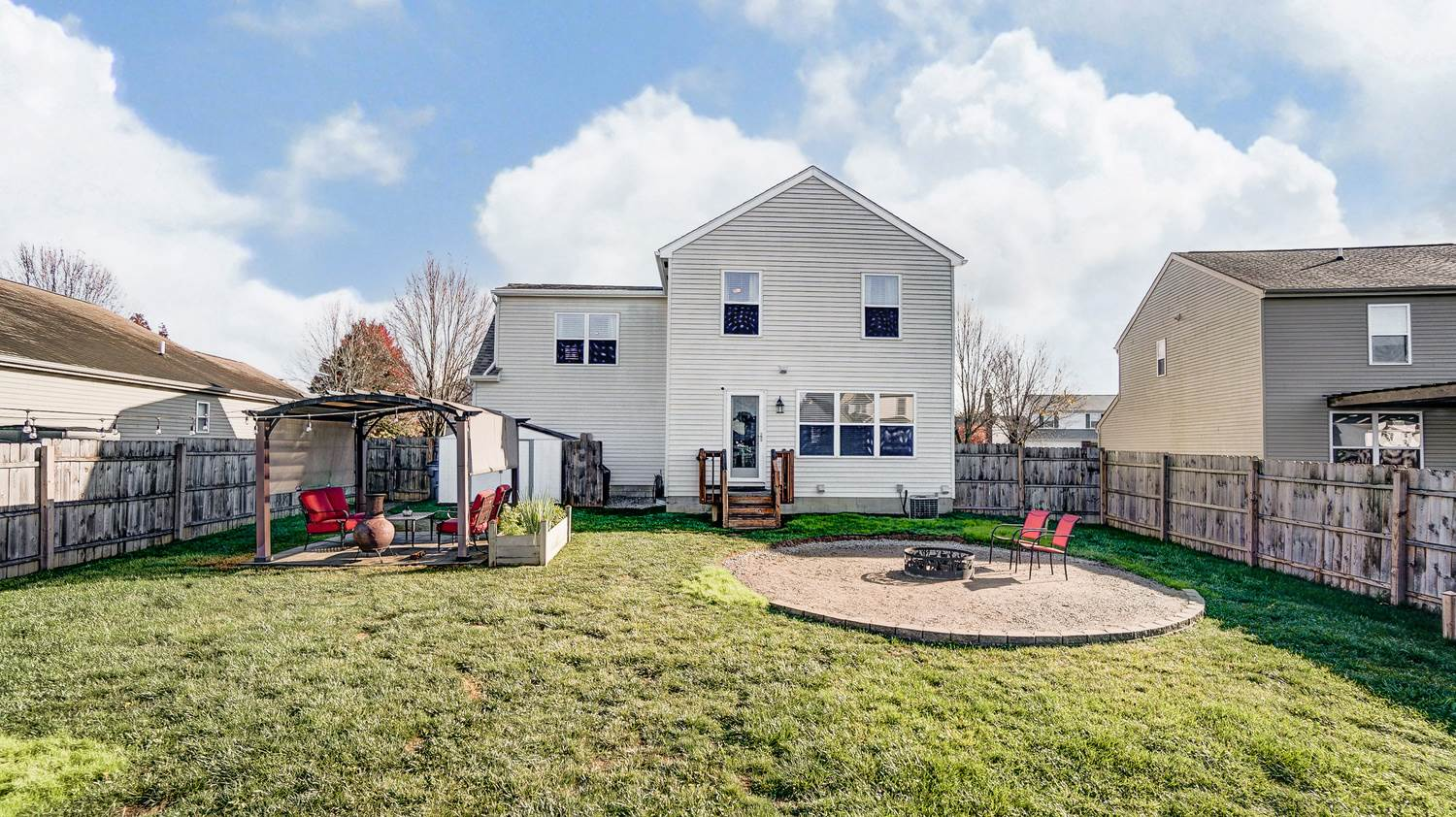 475 Greenhill Dr, Groveport, OH 43125