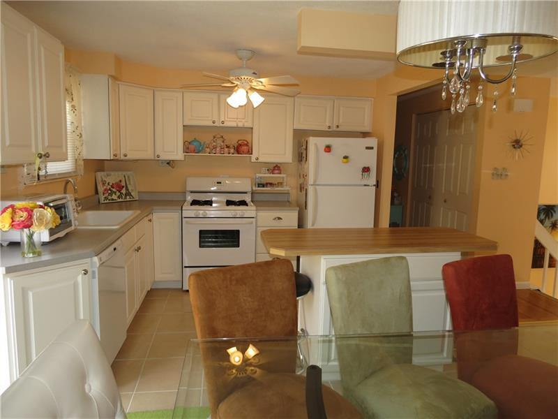 500 Greenbriar Ave, New Kensington, PA 15068