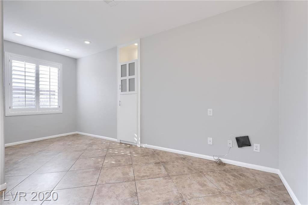 7809 Lovely Pine Place, Las Vegas, NV 89143