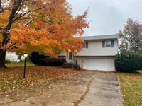 1946 Revere, Freeport, IL 61032