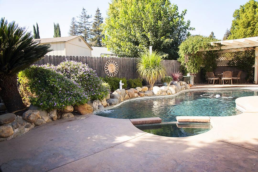 2925 Stonecreek Dr, Sacramento, CA 95833