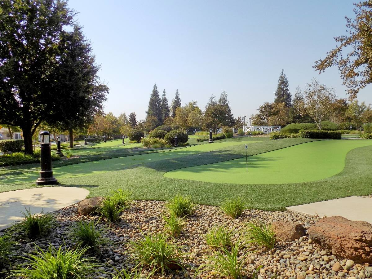 2350 Acorn Meadows Lane, Manteca, CA 95336