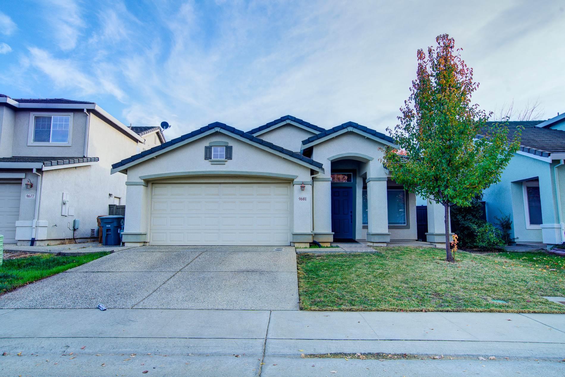 9681 Anton Oaks Way, Elk Grove, CA 95624