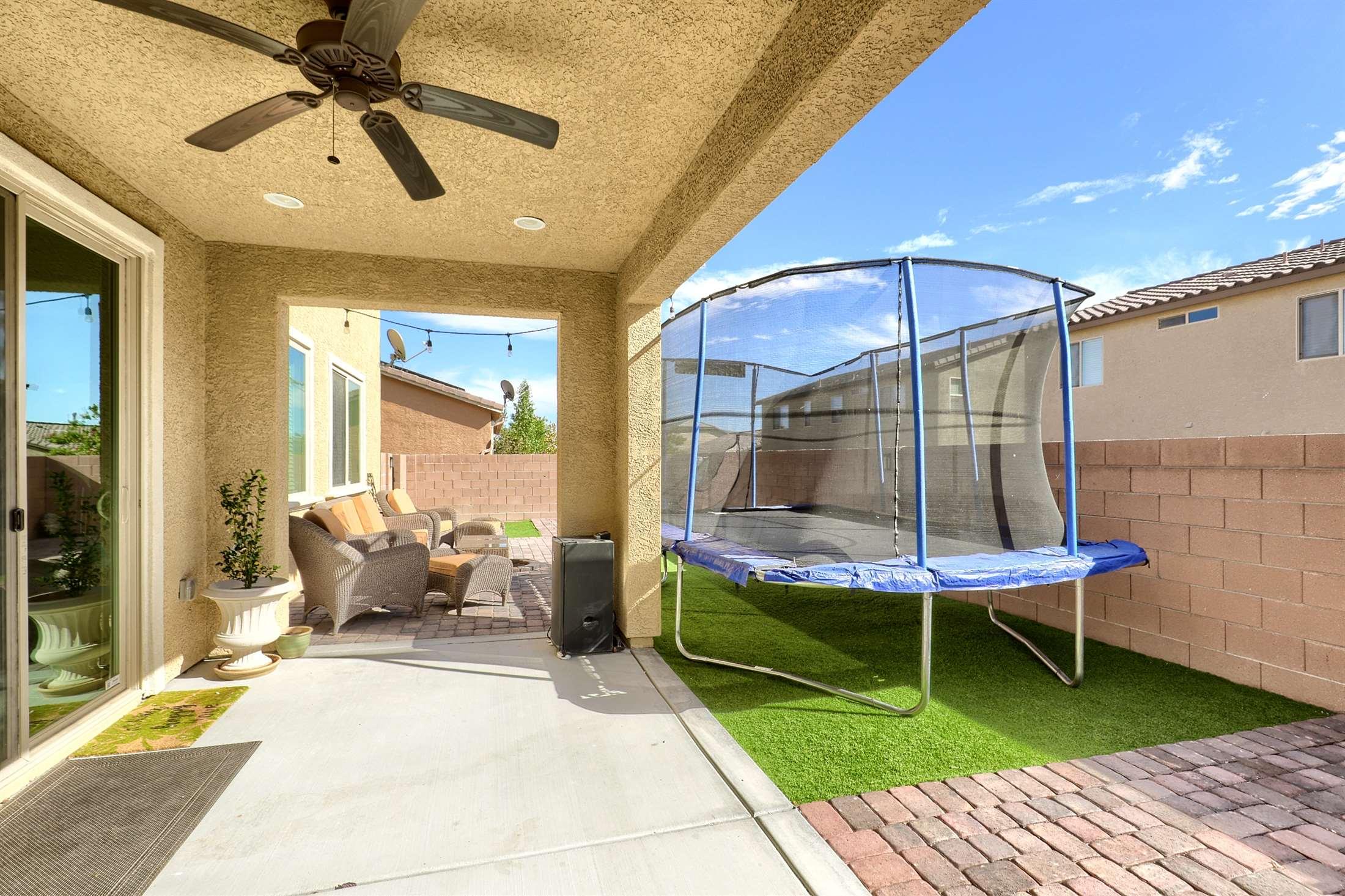 1017 Pine Vista Court, North Las Vegas, NV 89084