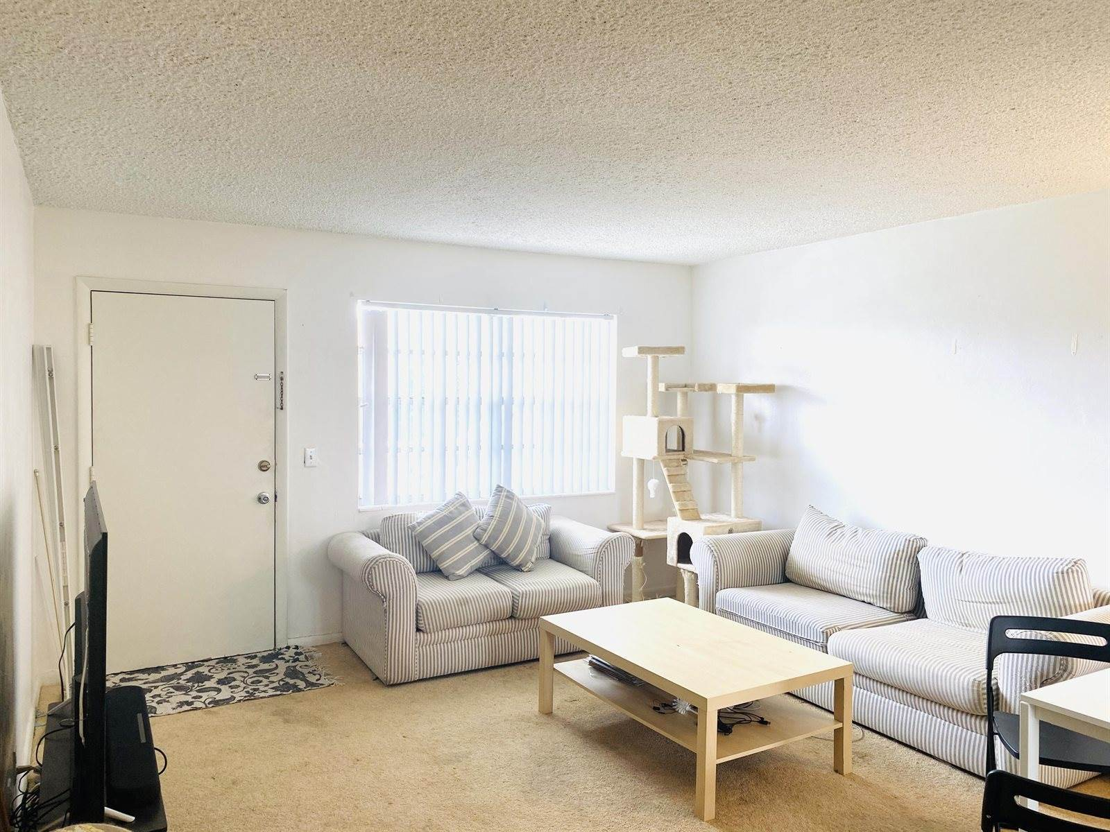 3915 South Flagler Drive, #220, West Palm Beach, FL 33405