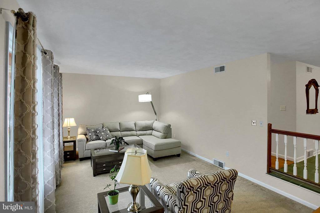 859 Hilltop Road, Lemoyne, PA 17043
