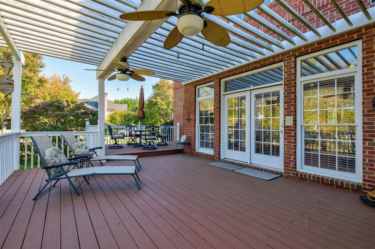 1413 Mont Cove Blvd, Knoxville, TN 37922