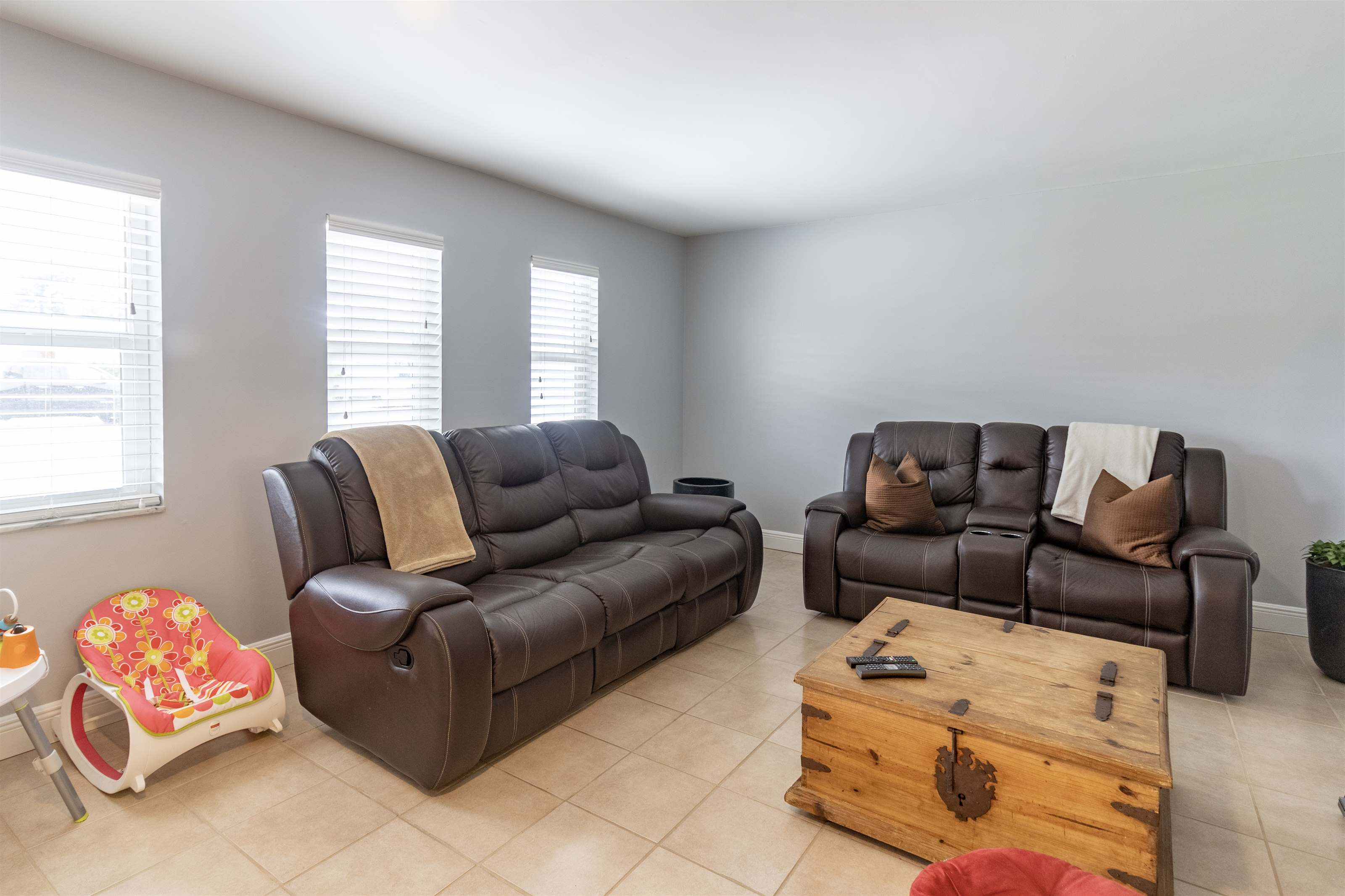3593 Kitely Ave, Boynton Beach, FL 33436