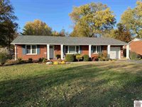 1004 Fairlane Drive, Murray, KY 42071