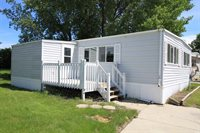 1852 16th St SW, Minot, ND 58701