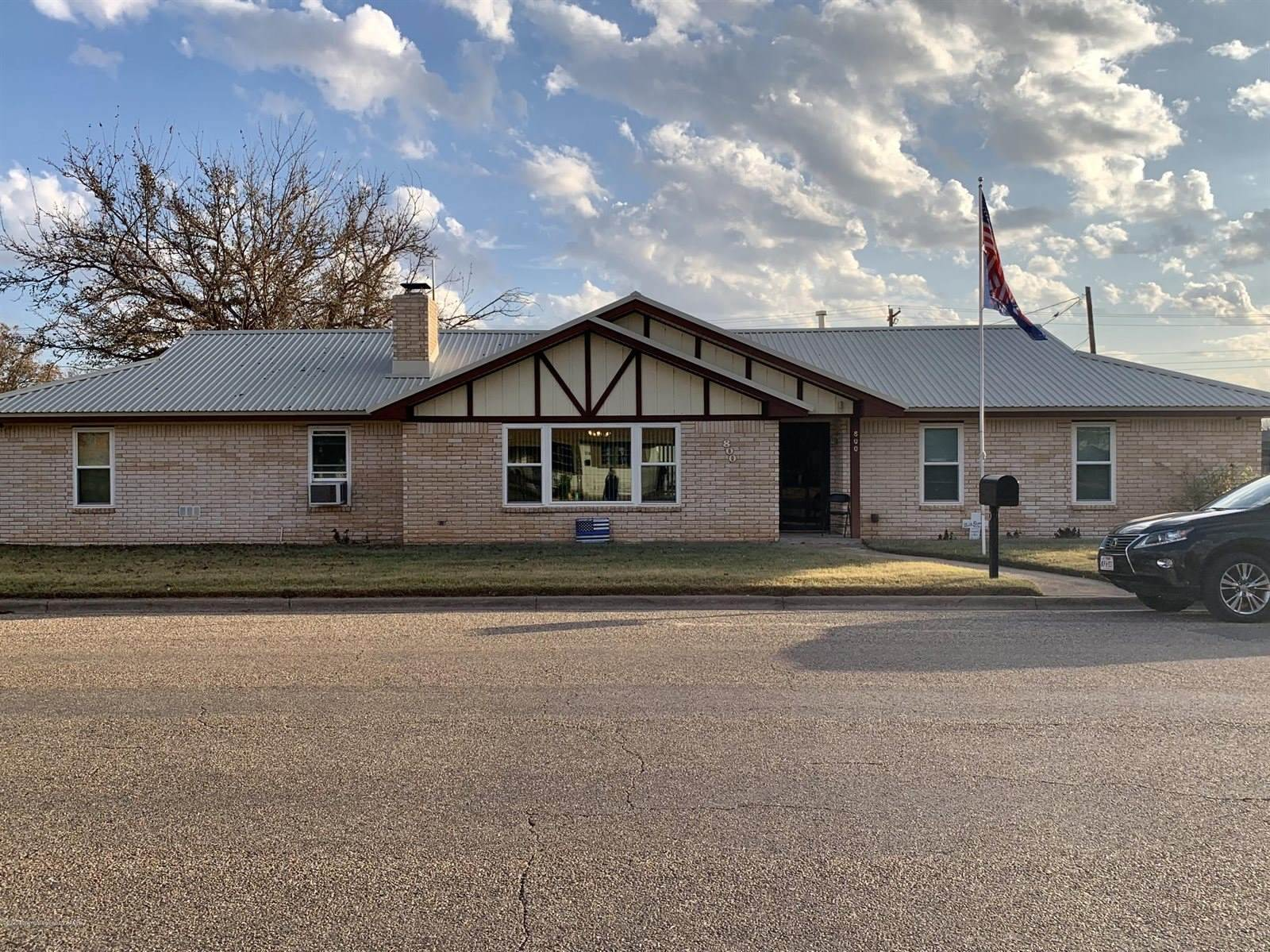 800 Montgomery St, Memphis, TX 79245