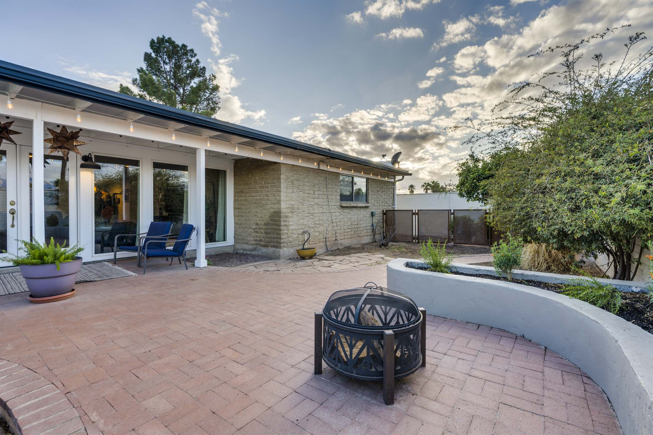 9221 E Chirco Place, Tucson, AZ 85710