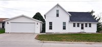 705 Washington St, Williamsburg, IA 52361