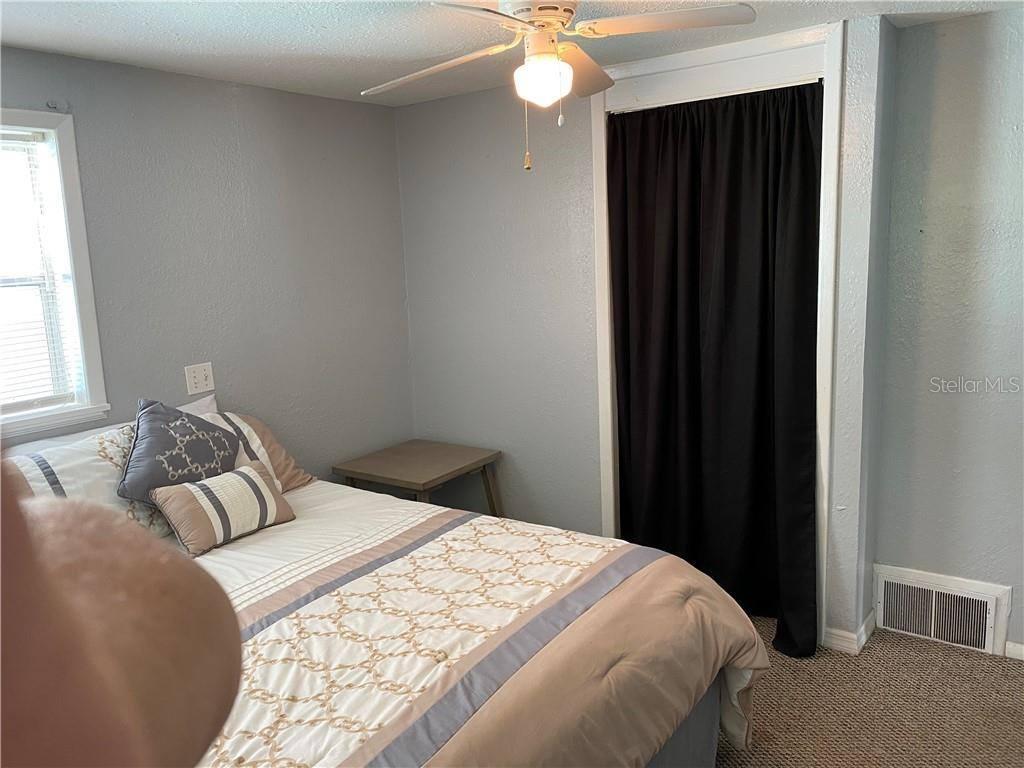 7107 Jeanne Avenue, Hudson, FL 34667