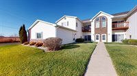1612 Commonwealth Dr #2, Fort Atkinson, WI 53538