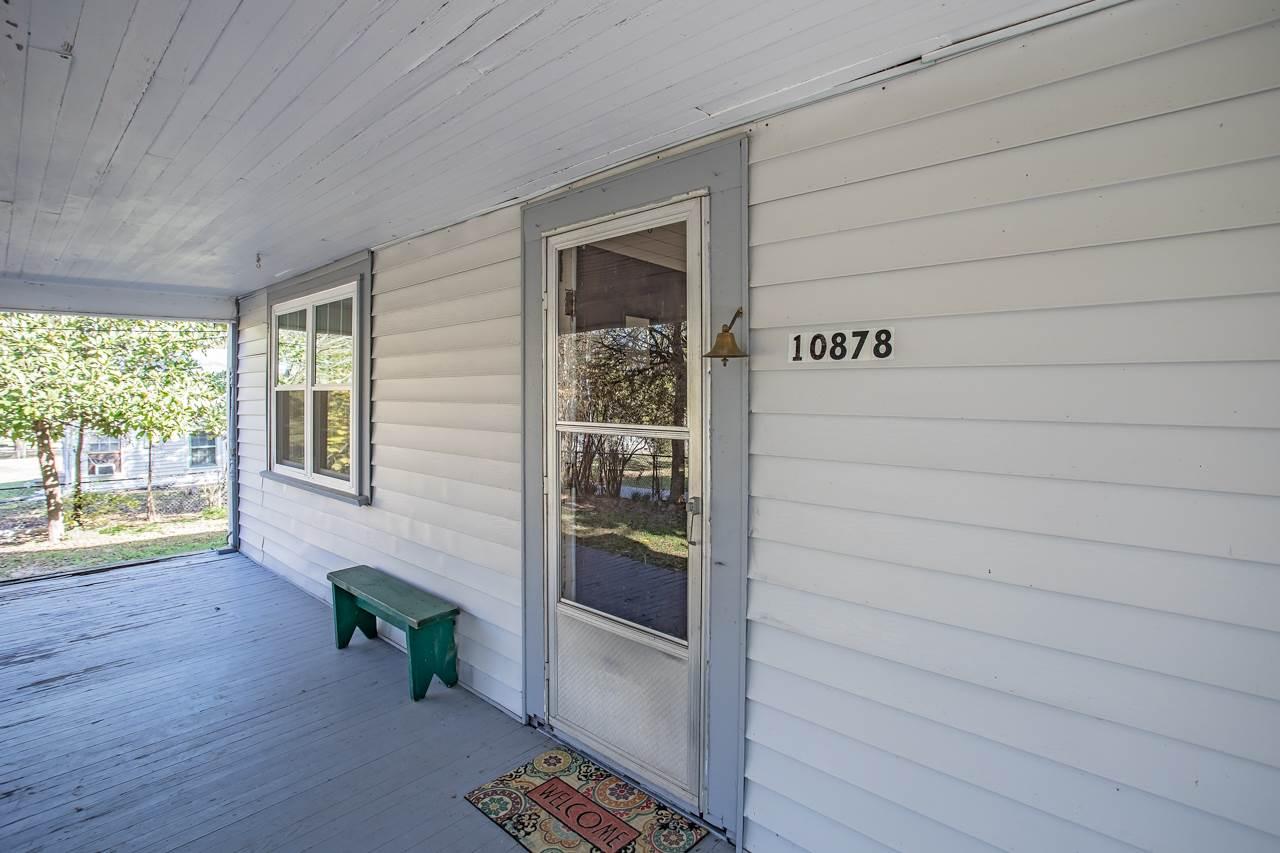 10878 Stuart St., Brownsboro, TX 75756