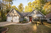 14018 Fountainview Drive, Montgomery, TX 77356