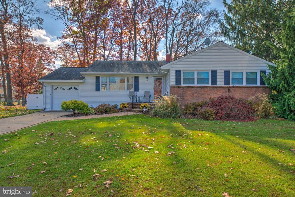 29 Rockland Road, Ewing, NJ 08638