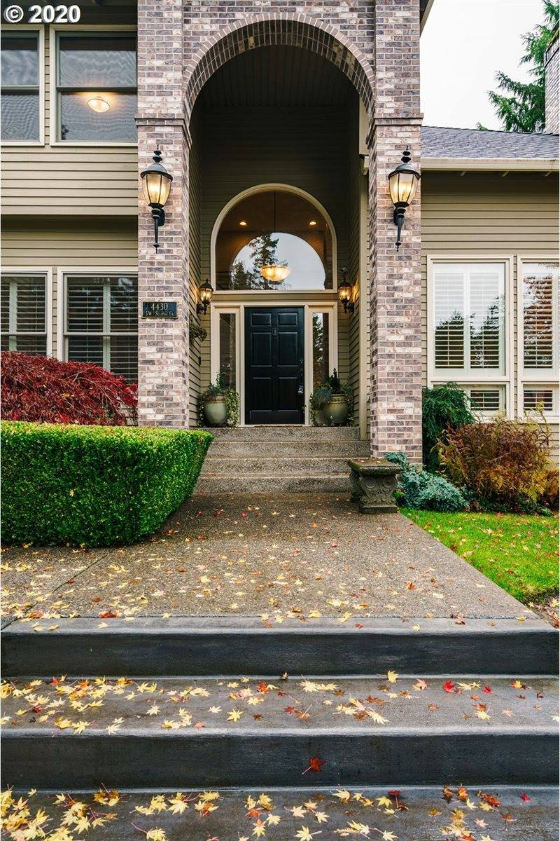 4430 SW Selling Ct, Portland, OR 97221