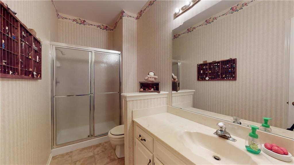 5041 West 127th Terrace, Leawood, KS 66209