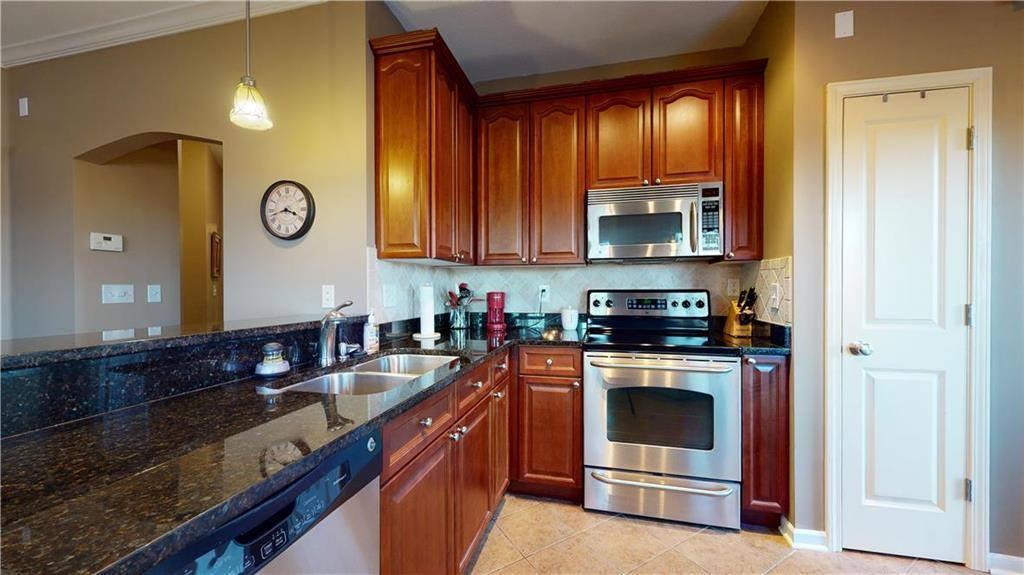 4442 West 159TH Terrace, #110, Overland Park, KS 66085