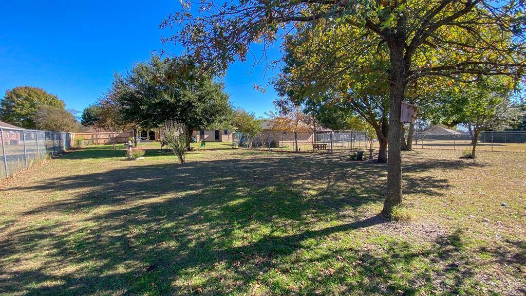 405 Bluebonnet Lane, Red Oak, TX 75154
