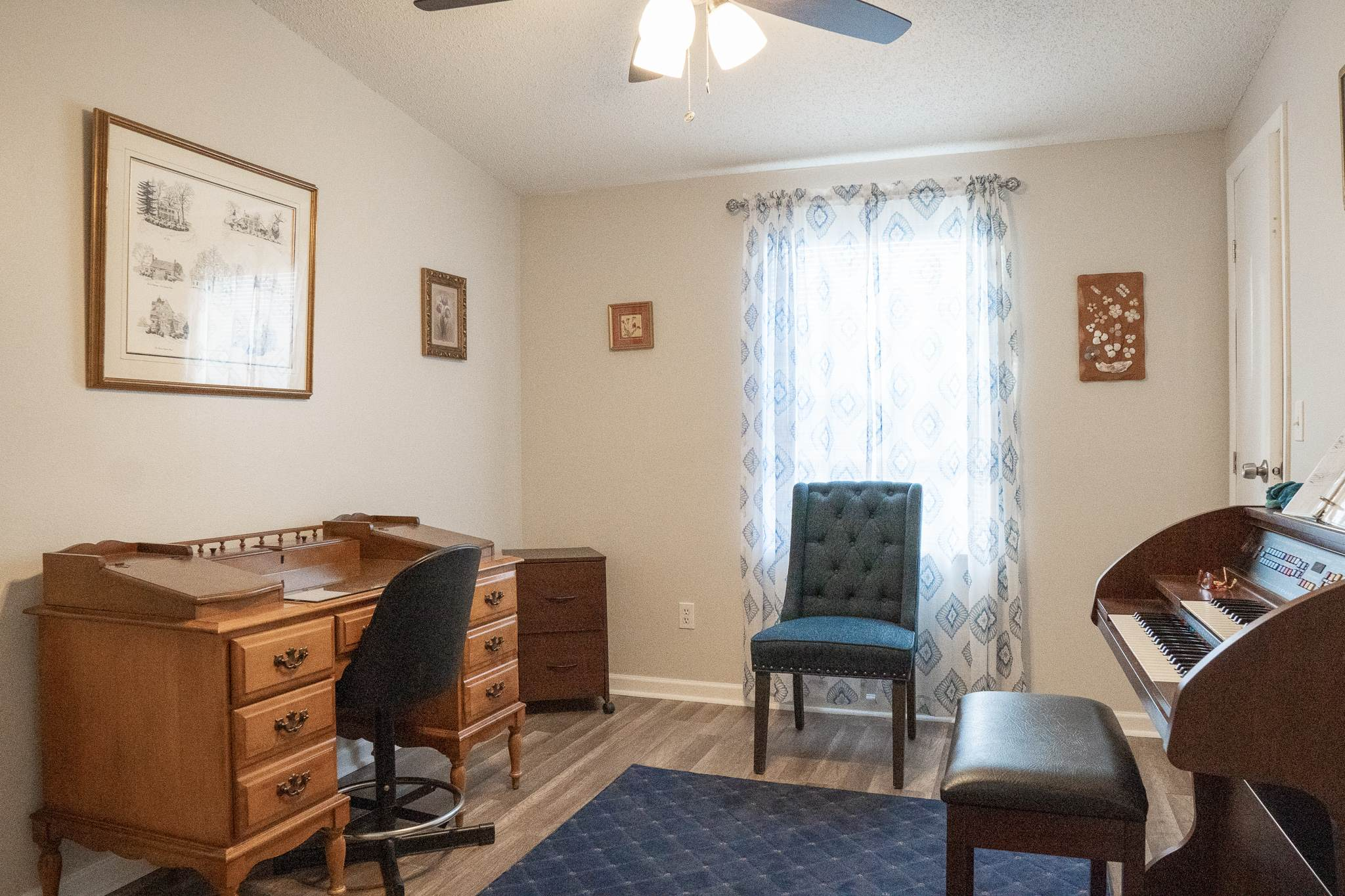 1015 West Boone Court, Lady Lake, FL 32159
