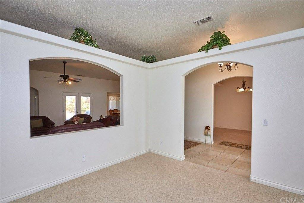 24626 Pala Lane, Apple Valley, CA 92307