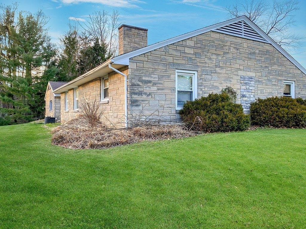 1166 Briarwood Road, Mansfield, OH 44907
