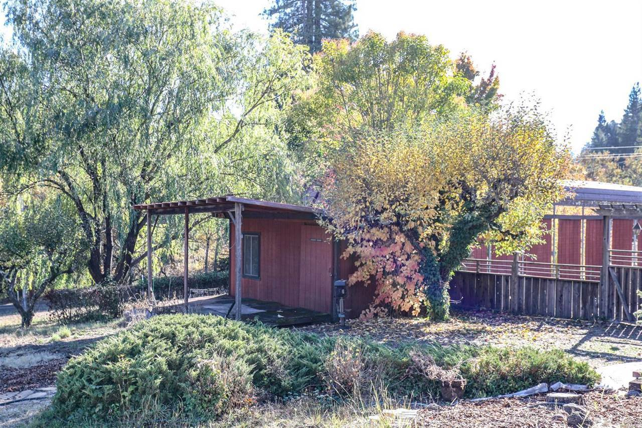9760 Occidental Road, Sebastopol, CA 95472