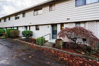 3116 SE Chestnut St, Milwaukie, OR 97267