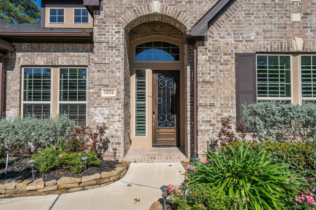 19714 Green Imperial Lane, Cypress, TX 77433