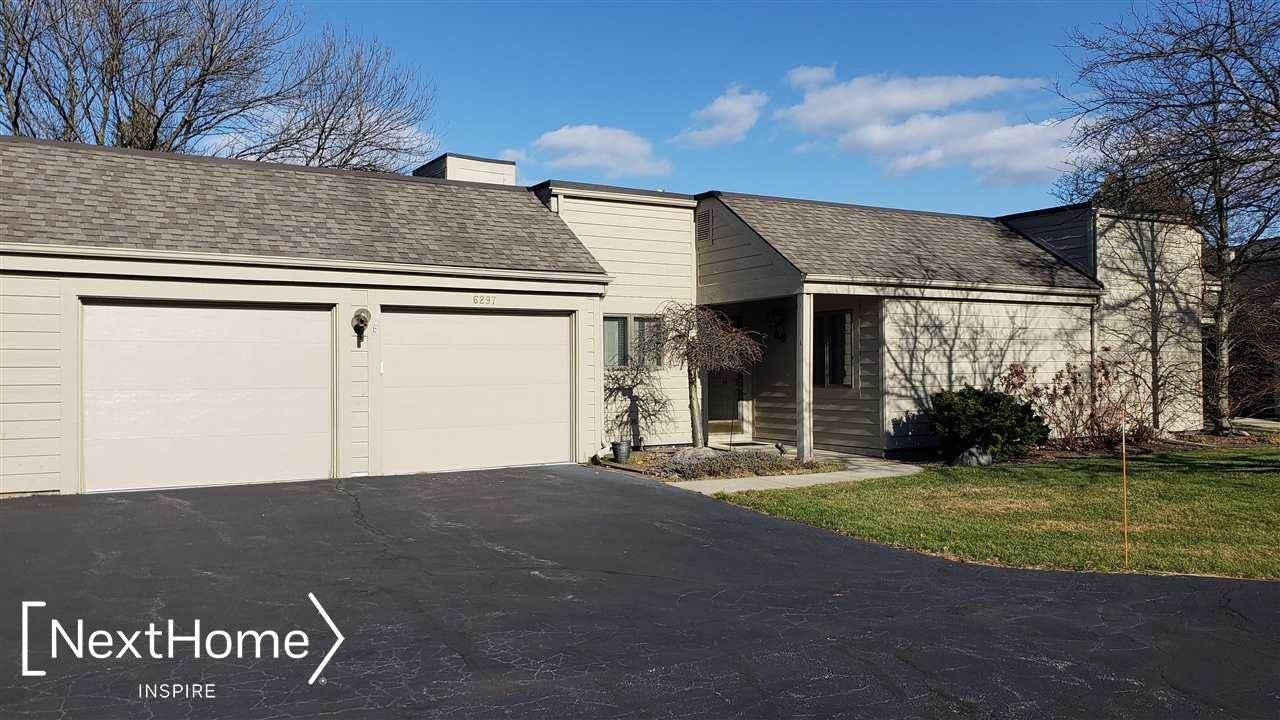 6297 Golf Lakes Court B, Bay City, MI 48706