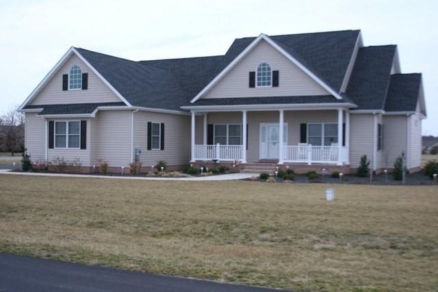 106 W Lucky Estates Dr, Harrington, DE 19952