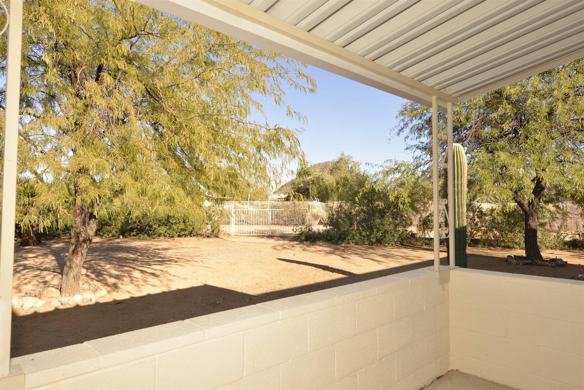 7891 N Team Roper Rd, Tucson, AZ 85743