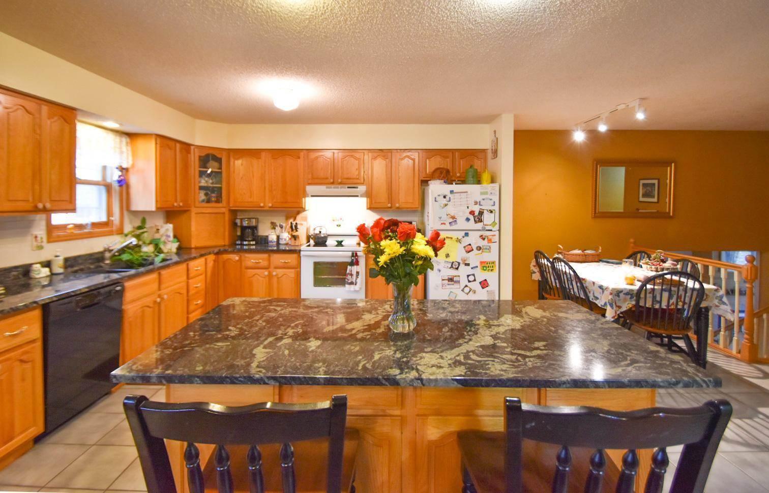 400 10th Street NE, Staples, MN 56479