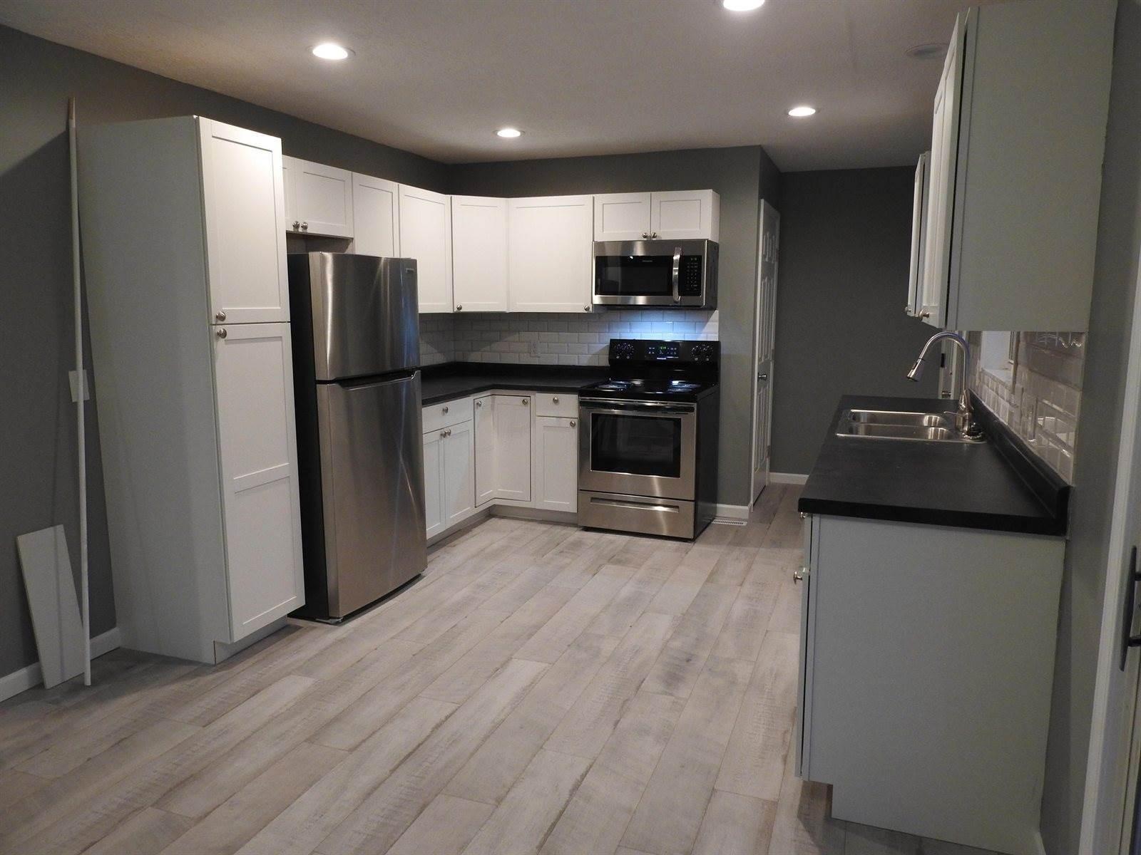 438 Lennox Avenue, Columbus, OH 43228