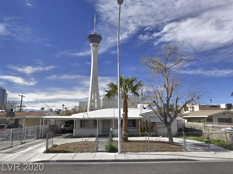 2018 Santa Rita, Las Vegas, NV 89104