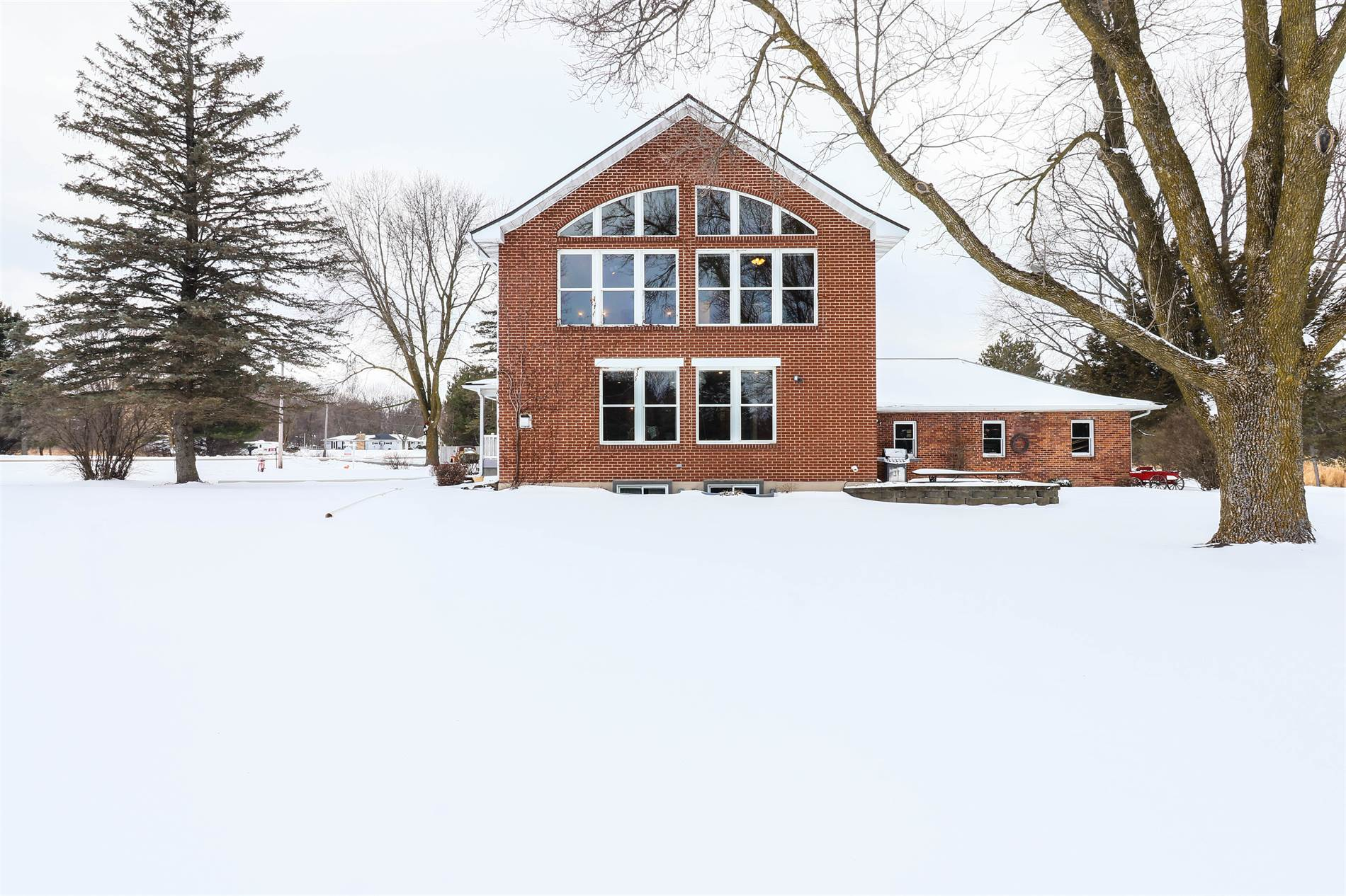 8330 County Road Y, Marshfield, WI 54449