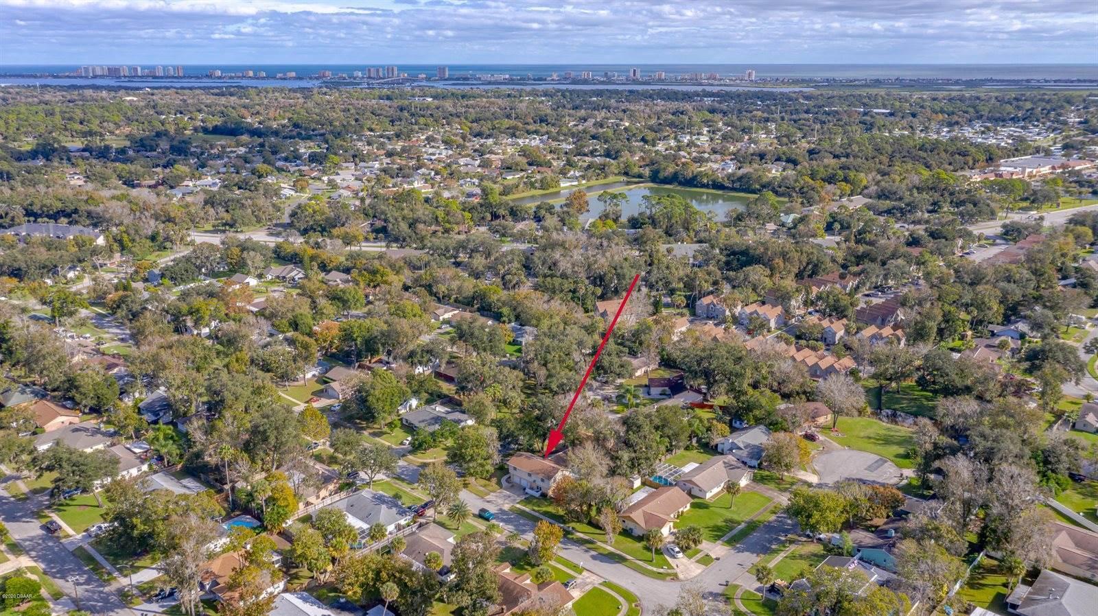 941 Mill Rd Lane, Port Orange, FL 32127