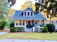 240 E. Connecticut Ave., Southern Pines, NC 28387