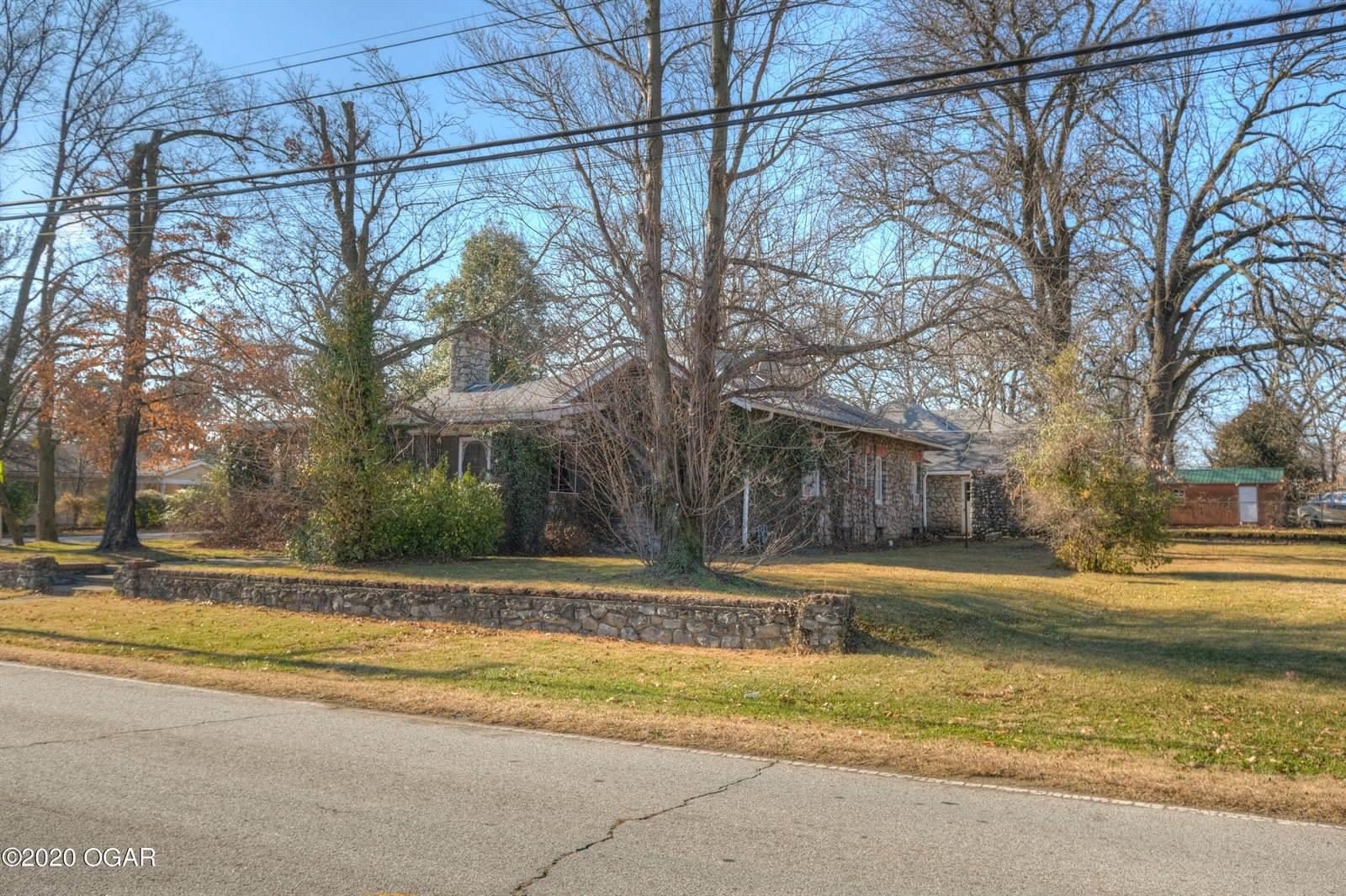 2202 North Florida Avenue, Joplin, MO 64801