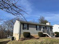 4518 Pennsylvania Ave NE, Roanoke, VA 24019