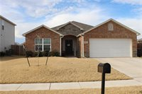 1216 Ironstone Dr, Noble, OK 73068