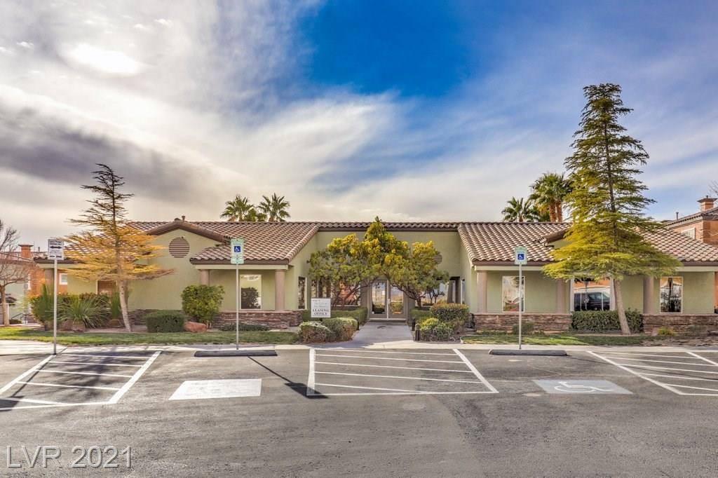 10534 Midnight Gleam Avenue, Las Vegas, NV 89129