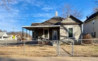 258 North Oakdale Avenue, Salina, KS 67401
