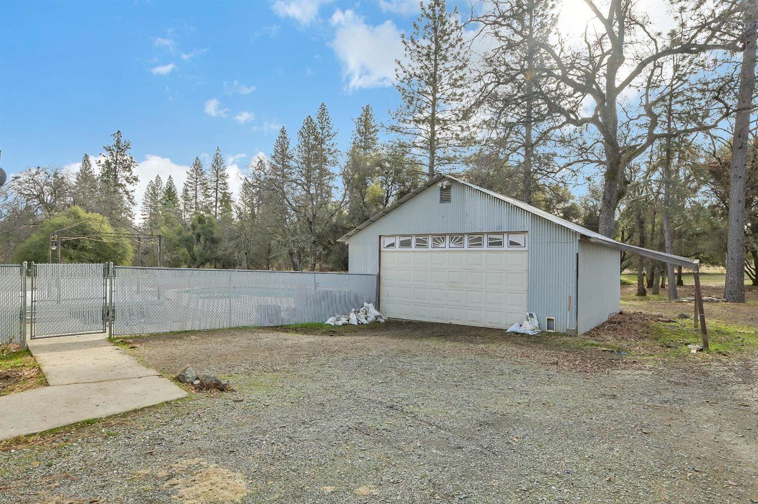 10132 Texas Hill Road, Oregon House, CA 95962