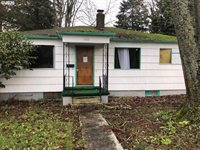 5907 SE Mitchell St, Portland, OR 97206